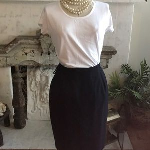 3/$25 Classic Brooks Brothers Navy Pencil Skirt